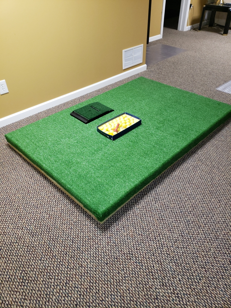 everett-driving-range-mat